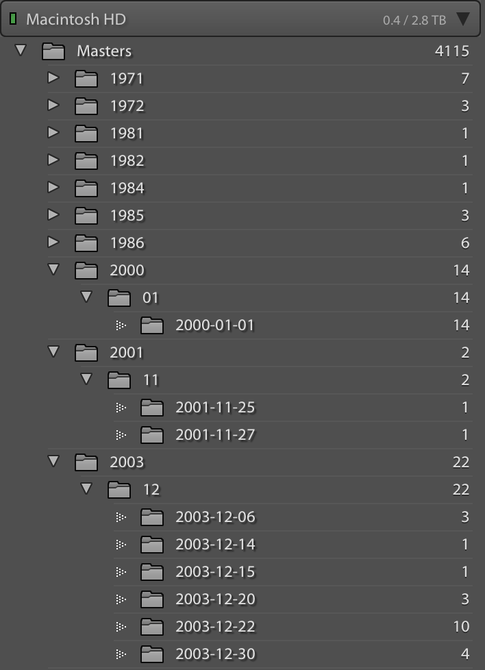 How the Aperture import plug-in organizes your masters.